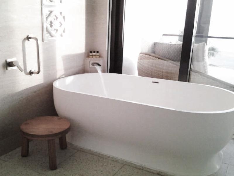Hình ảnh thiết bị vệ sinh cao cấp của Hyatt Regency Danang Resort & Spa