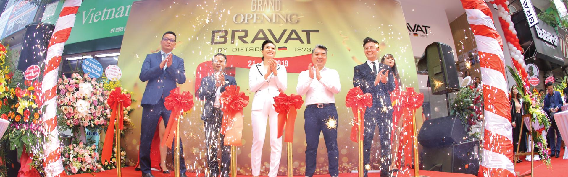 Khai trương showroom Bravat tại 160A Lạc Trung
