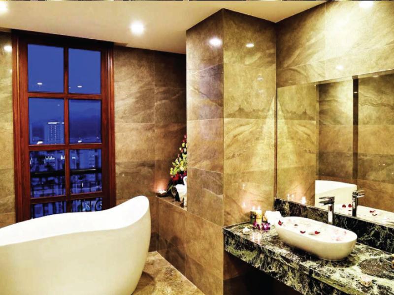 Hình ảnh thiết bị nhà vệ sinh cao cấpSanApus Nha Trang Hotel